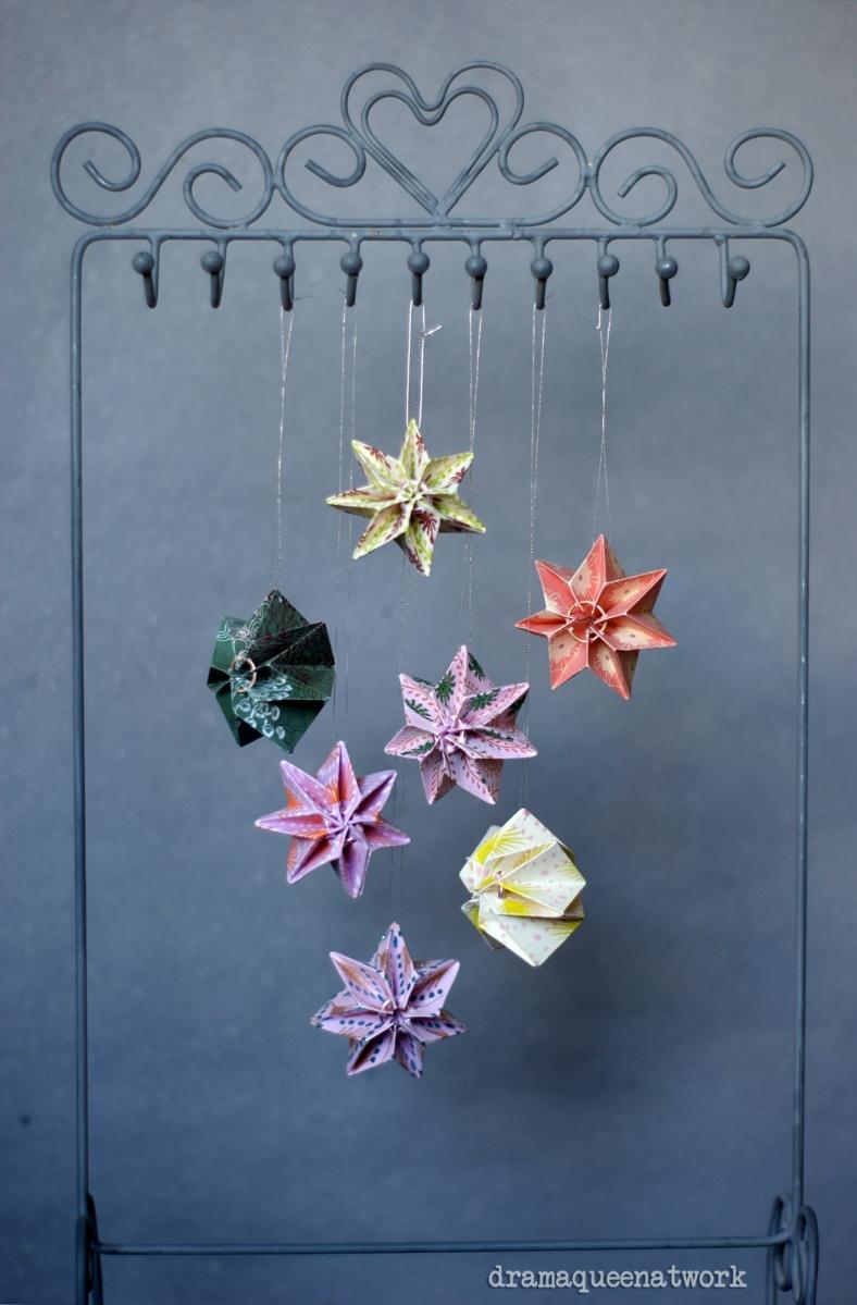 Plissee- Sterne