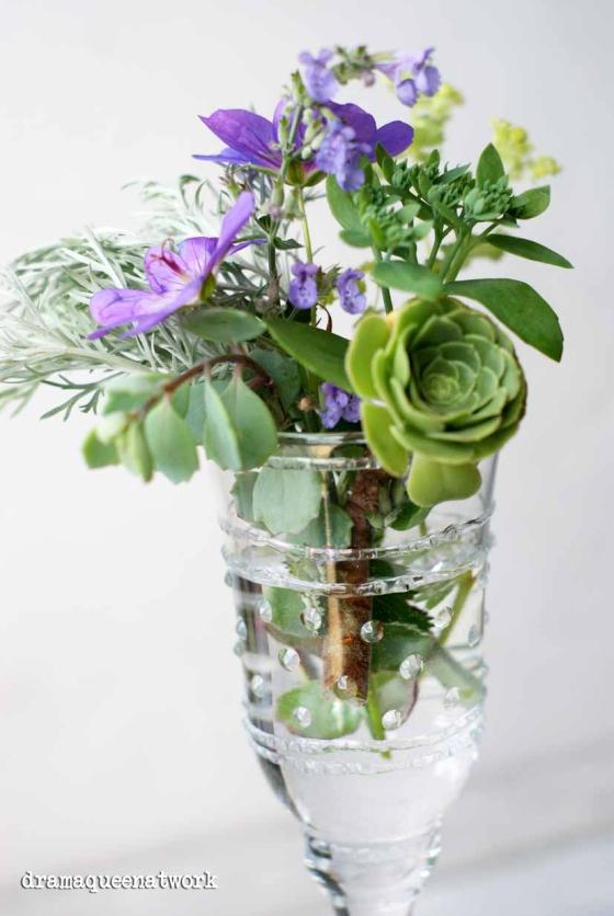 Fenton Vase dramaqueeantwork